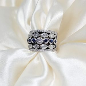 9K WHITE GOLD SAPPHIRE DIAMOND RING