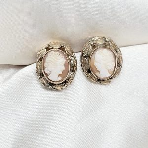 9K YELLOW GOLD CAMEO EARRINGS WITH LEAF DESIGN